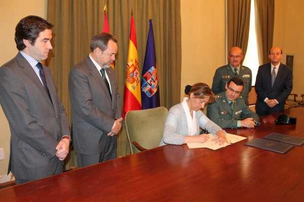 Diputación de Guadalajara aporta 75.000 euros a un convenio con la Delegación para mejorar cuarteles de la provincia
