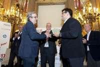 El Centro de Cirugía de Mínima Invasión Jesús Usón de Cáceres obtiene el Premio 'Internet 2013' en la categoría de Salud