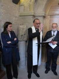 La alcaldesa y el obispo destacan la