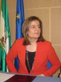 Báñez recuerda en relación al plan de Madrid que reclutar a parados con subsidio está vigente desde 1982