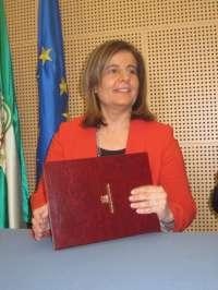 Báñez destaca que es responsabilidad de la Junta poner en marcha medidas ante las tasas de paro