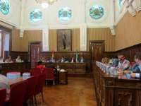 Reyes anuncia nuevas medidas en empleo y de apoyo al sector productivo en el Debate del Estado de la provincia