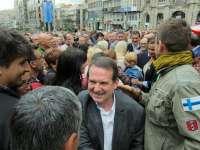 Miles de personas piden que los aeropuertos compitan en igualdad y no tolerarán que Vigo sea el único sin ayudas