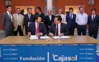 Curro Romero, 'Espartaco' y Rivera Ordóñez apadrinan el 26 de junio una novillada a beneficio de Asedown