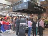 Carrefour Parquesol de Valladolid cuenta desde hoy con el primer kiosco de sushi que ofrecerá 120 referencias a diario