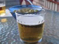 La ingesta moderada de cerveza puede considerarse una opción saludable por su bajo contenido en sodio y alto en potasio