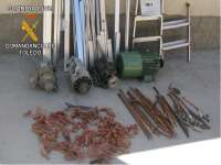 Cuatro detenidos por robar cable de cobre, motores eléctricos y 20 puertas de aluminio en una nave de Sonseca