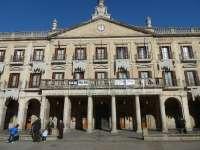 Vitoria pide al Gobierno vasco que abone las becas del Plan de empleo verde para poder pagar a los jóvenes en prácticas