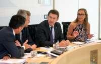 Feijóo promete que si hay una solución para el tax lease
