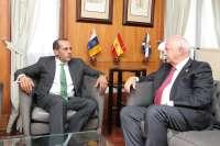 El presidente Melchior recibe la visita del emprendedor y asesor económico Juan Verde