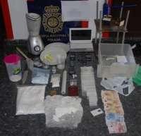 Detienen a dos hombres en Torremolinos que traficaban con drogas en locales nocturnos