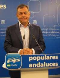 PP-A pregunta a Díaz si cuando sea presidenta se comprometerá a cumplir el déficit o