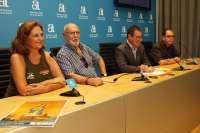 Más de 140 vecinos de Tabarca (Alicante) escenifican el origen de los tabarquinos en 'La Virgen del Esclavo'
