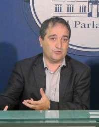 MÉS asegura que las administraciones dificultan la atención en catalán a los ciudadanos