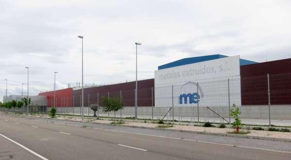 Metales Extruidos ejecuta los despidos de sus 320 trabajadores