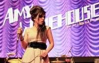 Dina & The Holy Band rinden tributo a Amy Winehouse en el Búho La Laguna (Tenerife)
