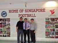 La UCAM se reúne con los directivos de las ligas de fútbol de Indonesia y Singapur para programas de gestión deportiva