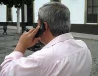 Los navarros, entre los que más utilizan el teléfono móvil para hablar, con 99 minutos al mes