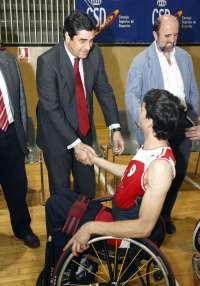 UCLM y el Hospital de Parapléjicos crean un título de especialista en tecnología de rehabilitación a través del deporte