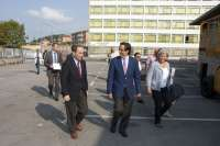 El consejero de Educación y el alcalde supervisan el fin de las obras del instituto 'Besaya'