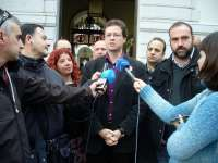 Morales (IU) acusa a Pastor de venir a Granada