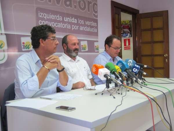 Jiménez (IULV-CA) pide al PSOE que los procesados dejen sus cargos por