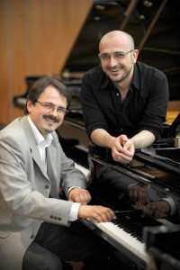 Tropos Ensemble propone un sorprendente diálogo a dos pianos del repertorio clásico y moderno