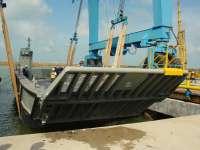 Navantia pone a flote la primera lancha de desembarco para Australia