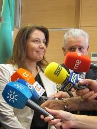 Crespo pide a Díaz que reciba a alcaldes que Griñán se fue