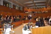 Las Cortes guardan un minuto de silencio en recuerdo del senador y exalcalde de Zaragoza, José Atarés