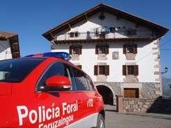 La comisaría de Elizondo de la Policía Foral visitará 60 granjas para prevenir robos en el medio rural