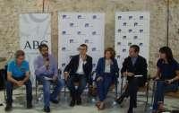 Autores españoles de best sellers piden que se castigue la piratería, que genera 350 millones de pérdidas al sector