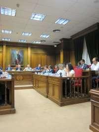 Diputación aprueba cambios en la recaudación tributaria que libra a los municipios pequeños de su abono