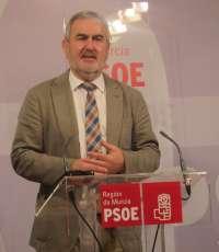 PSRM critica que Valcárcel vuelve nuevamente de Madrid
