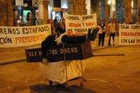 Los preferentistas concluyen la acampada frente a la Caja tras 29 días