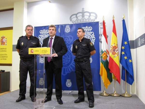 Detenidos en Logroño a dos argelinos por presunta estafa y falsificación al manipular los cuentakilómetros de turismos