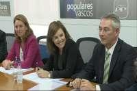 Sáenz de Santamaría participa en Bilbao en una reunión del comité de dirección del PP vasco