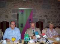 La Asociación Cultural Placentina 'Pedro de Trejo' se ofrece a enseñar Plasencia (Cáceres) a los estudiantes
