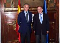 Moragues aborda los PGE, la financiación autonómica, el FLA y los pagos a proveedores con Miguel Ferre y Rosana Navarro