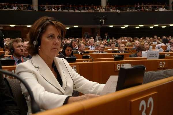 Barcina asistirá el martes al Comité de las Regiones, que debatirá sobre la industria automovilística