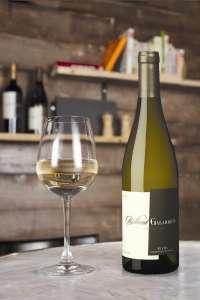 Los compradores de vino por Internet consumen con mayor frecuencia y gastan hasta 14 euros más por botella