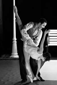 Danza a Escena interpreta este viernes en Murcia 'Charlie', una coreografía que rinde homenaje a Charles Chaplin