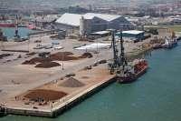 Las exportaciones caen un 10,6% hasta septiembre, frente a un aumento del 6,8% a nivel nacional