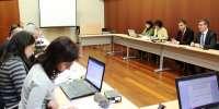 Unos 4.100 docentes se beneficiarán de la iniciativa sobre IT para equiparar a empleados de Junta con los del Estado