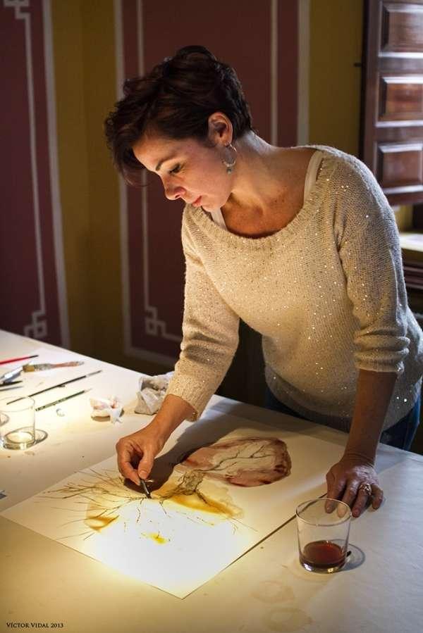 Un total de 24 artistas de 11 galerías pintan con vino en Murcia