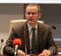 Educación prevé convocar oposiciones para profesor de Secundaria en 2014 con una oferta de 100 plazas