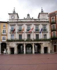El Ayuntamiento de Burgos reduce en 17 millones de euros la deuda municipal a lo largo de 2013