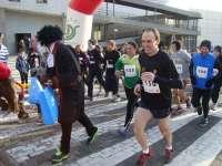 Miles de aficionados al atletismo participan este martes en las múltiples 'sansilvestres' de Asturias
