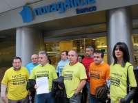 Afectados por las preferentes de Galicia piden a NCG la creación de