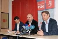 PSOE-A pide a Muñoz que anule la modificación del PGOU que permite rascacielos para no hipotecar Marbella